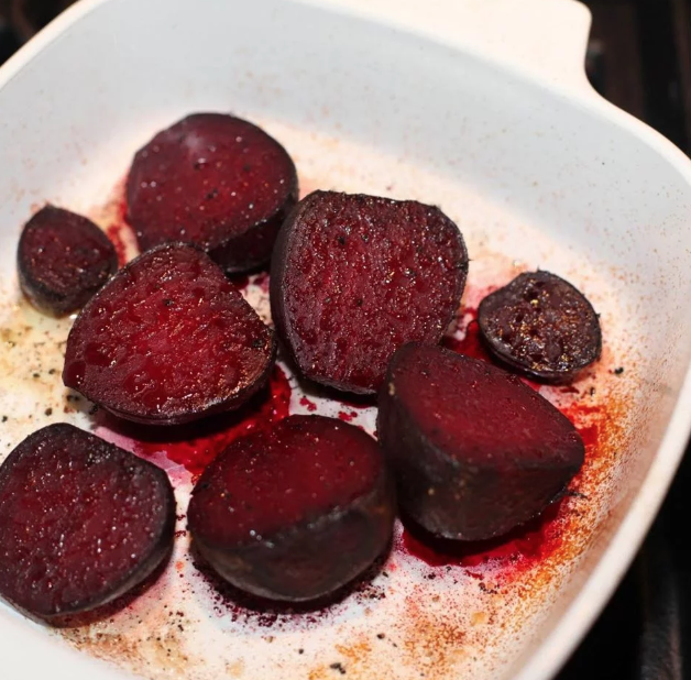 Garlicky Oven-Roasted Beets
