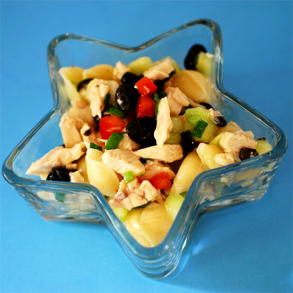 Chicken and Vegetable Pasta Salad in a star-shaped bowl