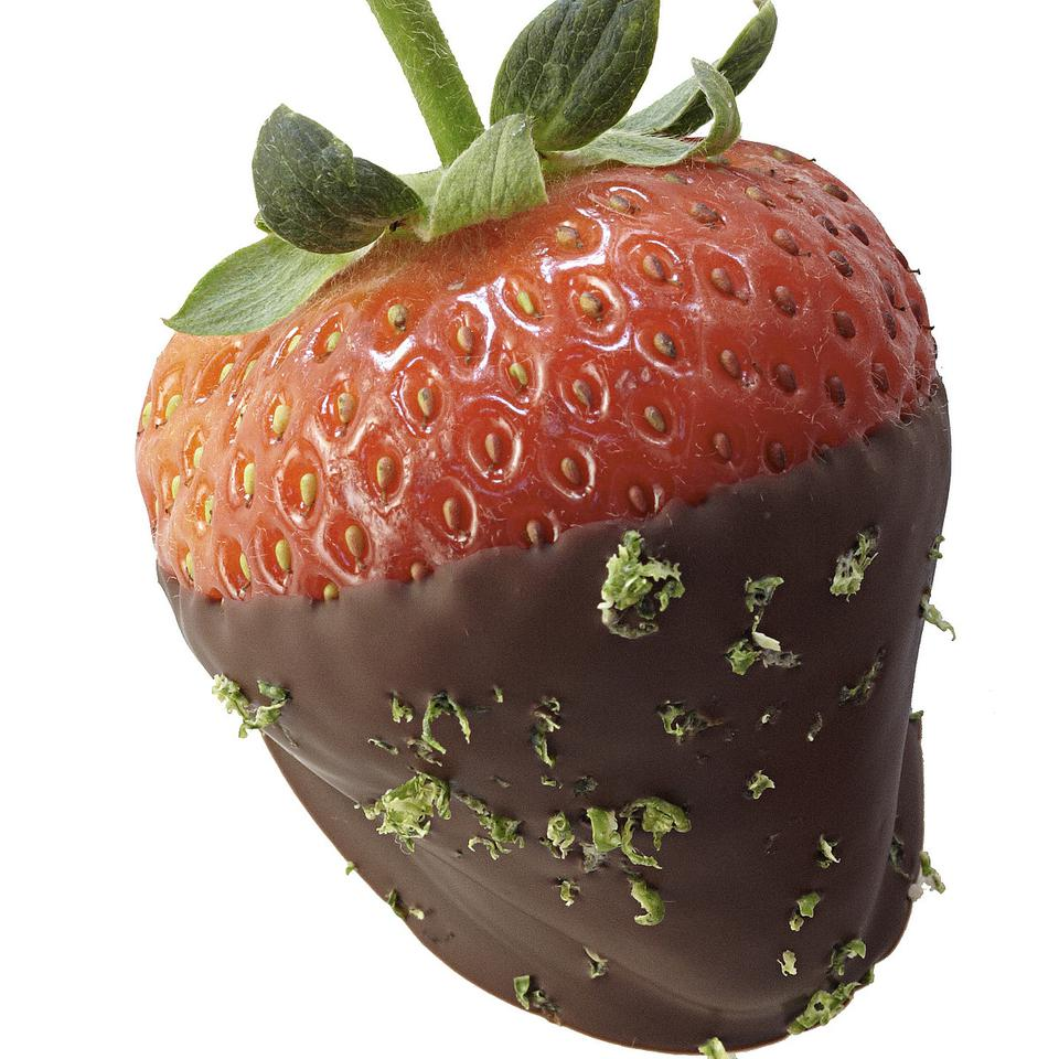 Healthy Chocolate Dipped Strawberries Recipes