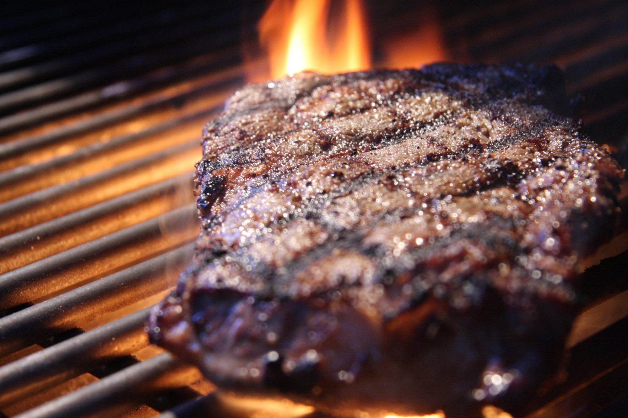 11 Mistakes to Avoid When Grilling Steak, According to Chefs