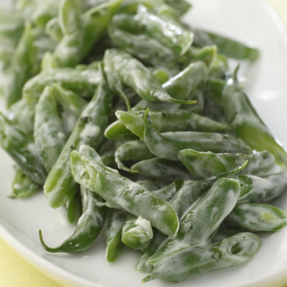 Green Beans with Creamy Garlic Dressing