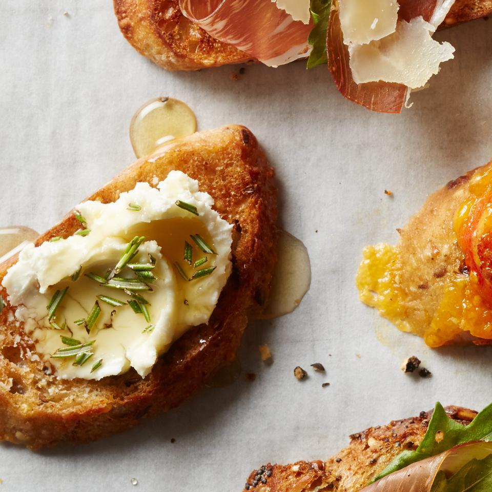Rosemary-Goat Cheese Toast