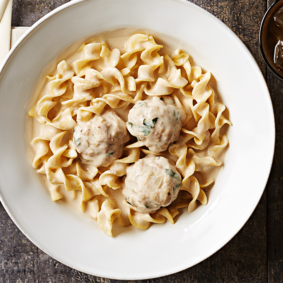 Slow-Cooked Swedish Meatballs