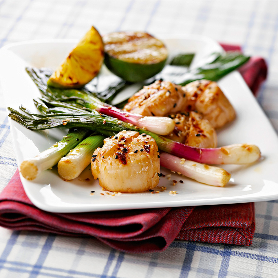 Soy-Lime Scallops with Leeks