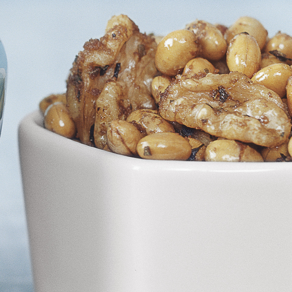 Herbed Mixed Nuts