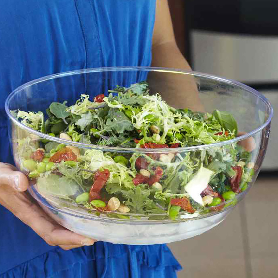 Mixed Greens with Edamame, Almonds & Sun-Dried Tomatoes
