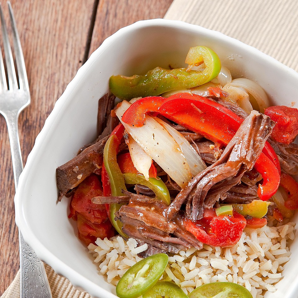 Ropa Vieja (Shredded Steak with Peppers, Onions, and Tomato)