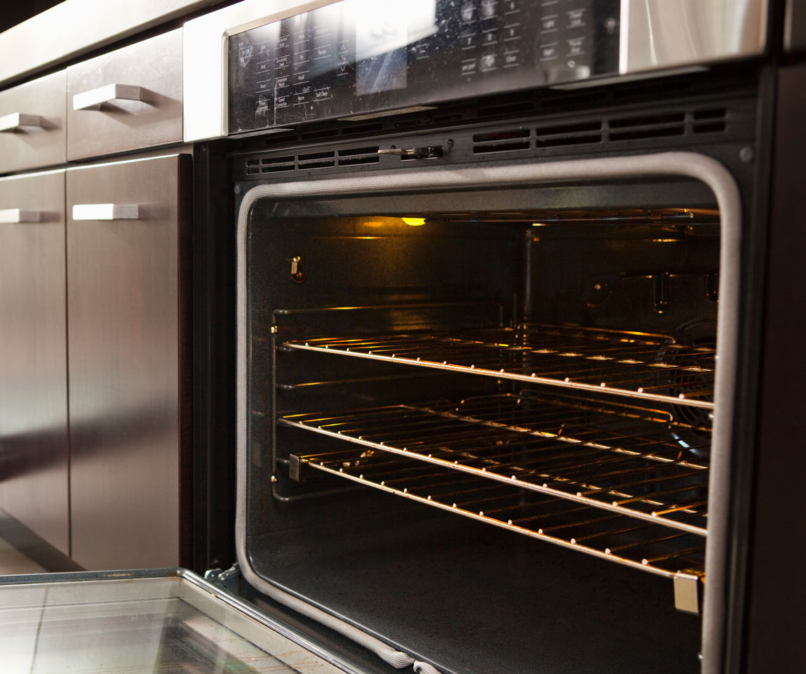 clean oven getty