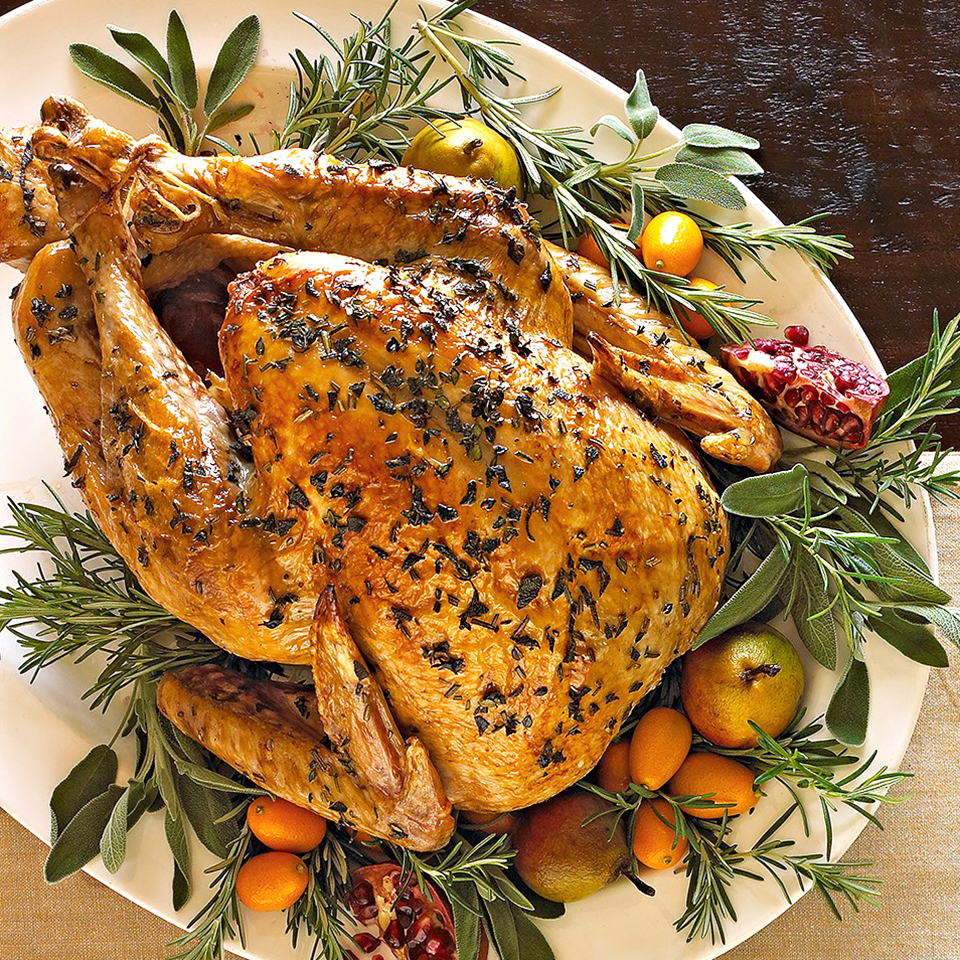traditional-herbed-roast-turkey-5451434_0.jpg