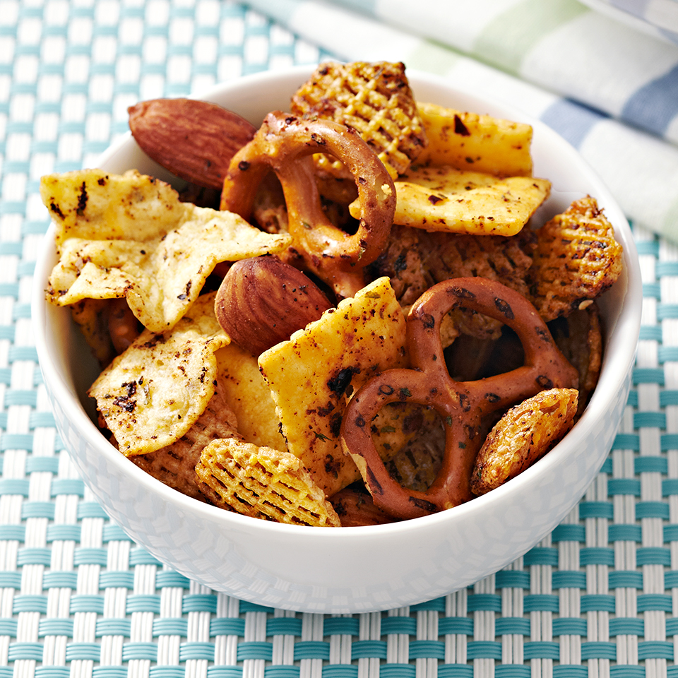 Salsa Snack Mix