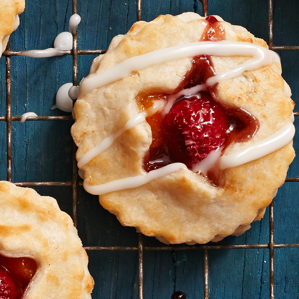 Mini Peach Melba Pies
