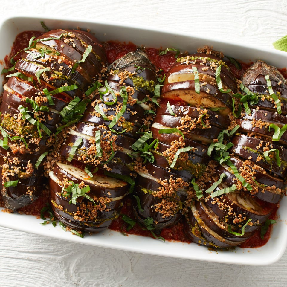 How to Make Hasselback Eggplant Parmesan