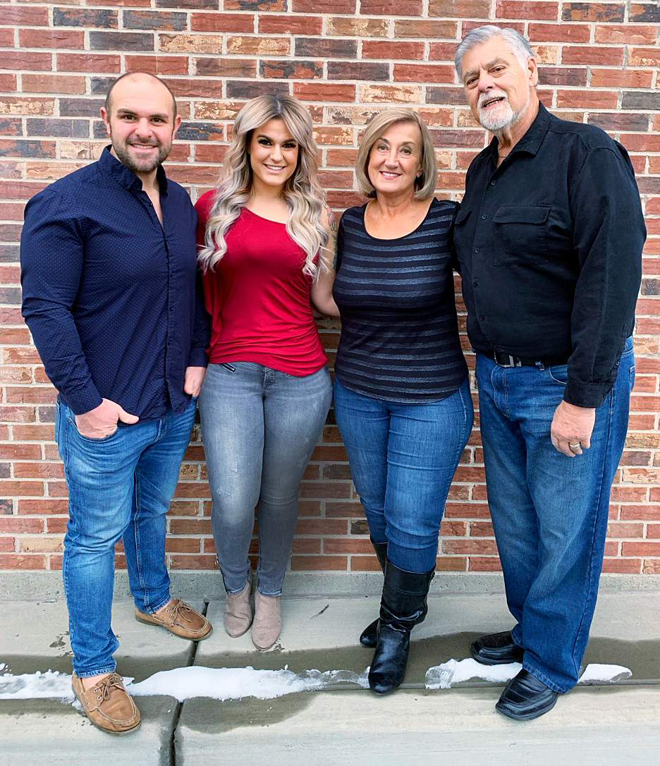 Dave and Sarah Bentley with Debbie and Steve Hoffman in 2018