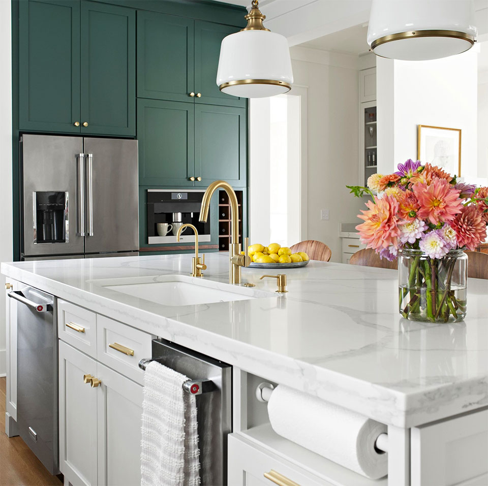 beautiful kitchen with high-end fixtures