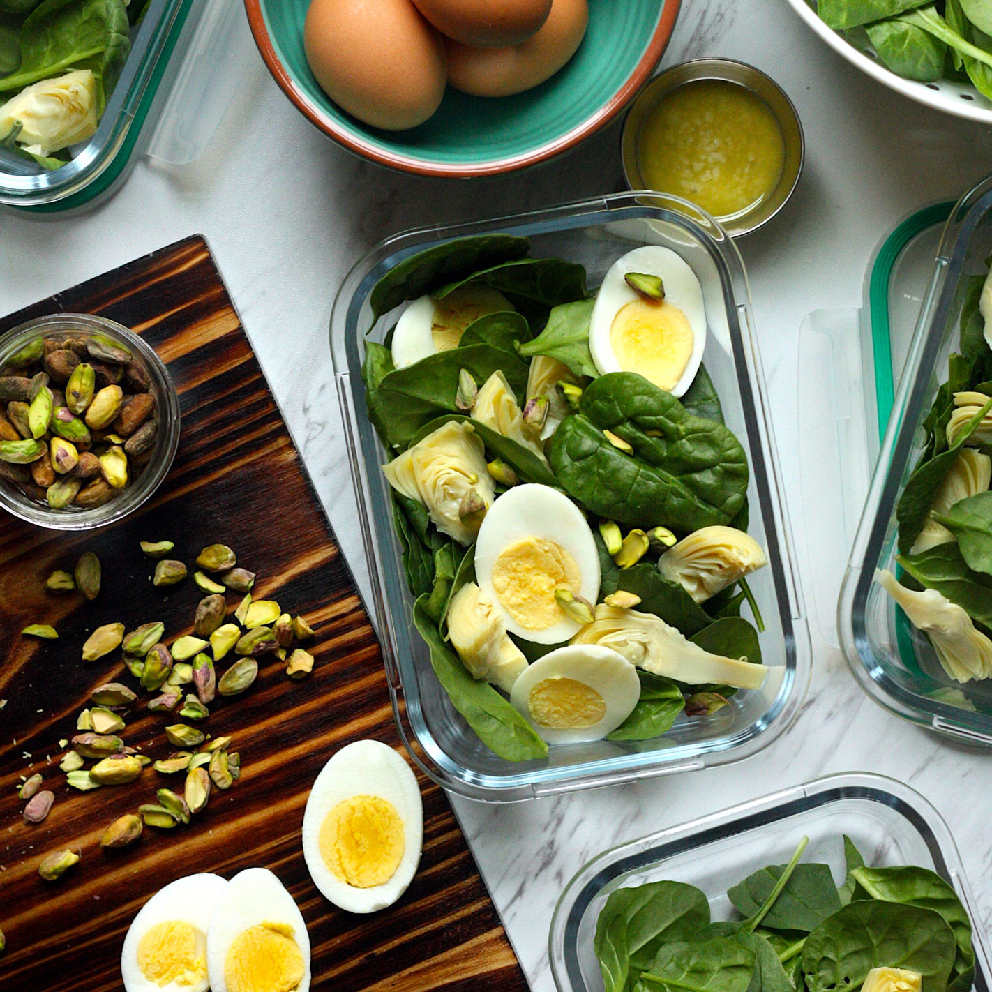 spinach artichoke salad with parmesan vinaigrette