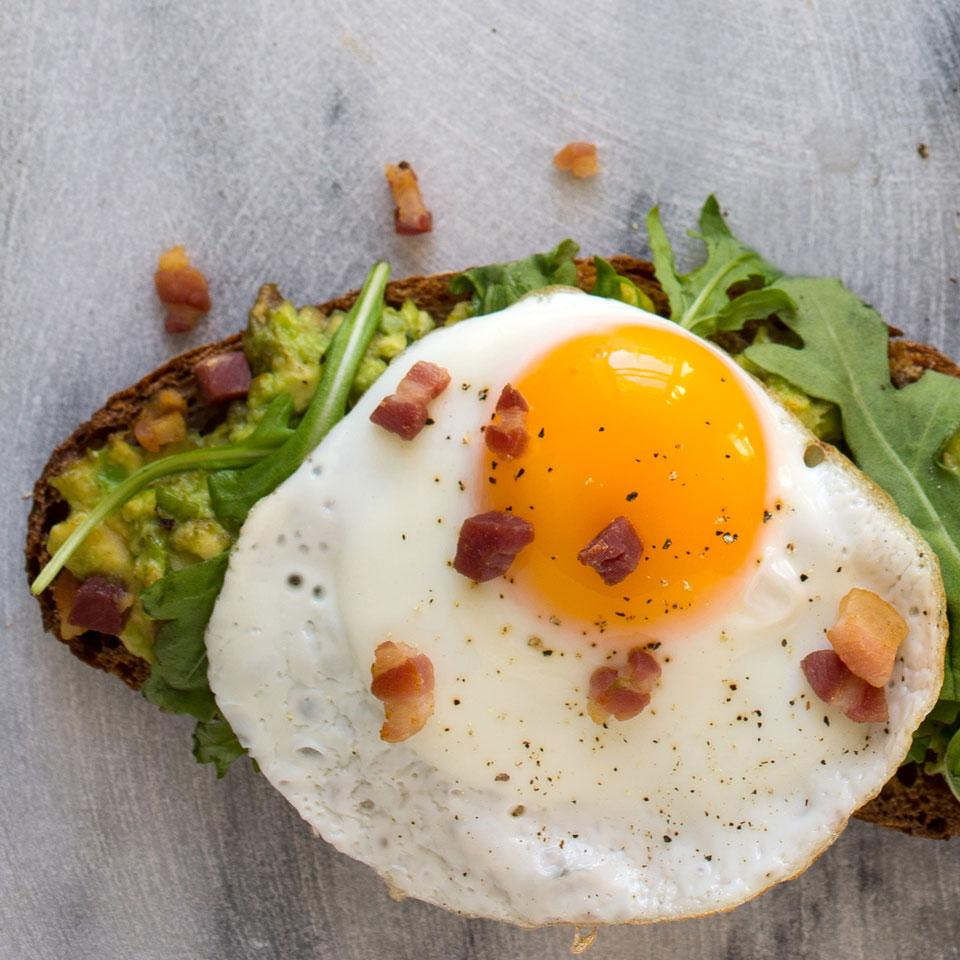Avocado Toast with Egg, Arugula & Bacon