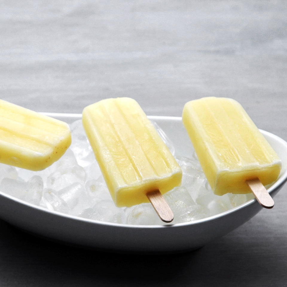 Virgin Banana Piña Colada Pops