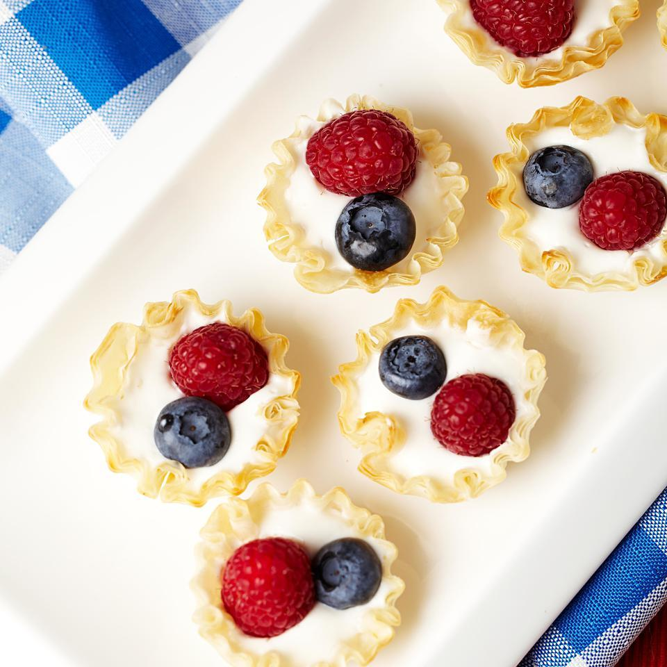 Mini Berry Cream Pies
