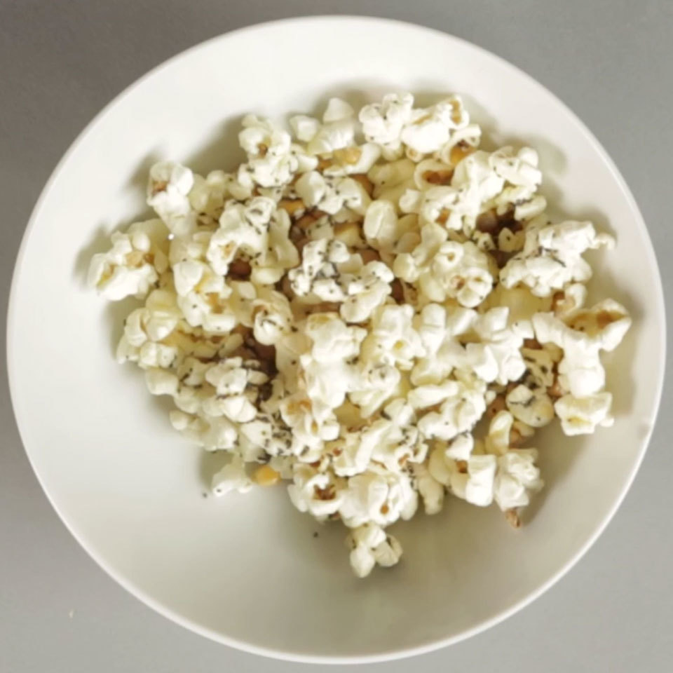 Everything Bagel Microwave Popcorn