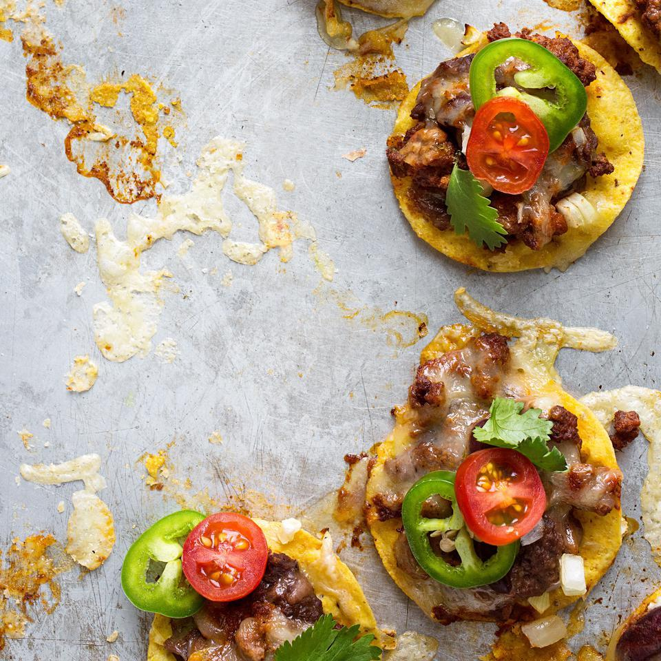 Tex-Mex Chili Nachos
