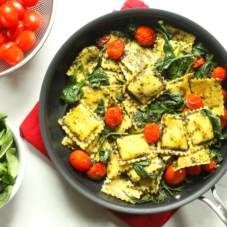 Pesto Ravioli with Spinach & Tomatoes
