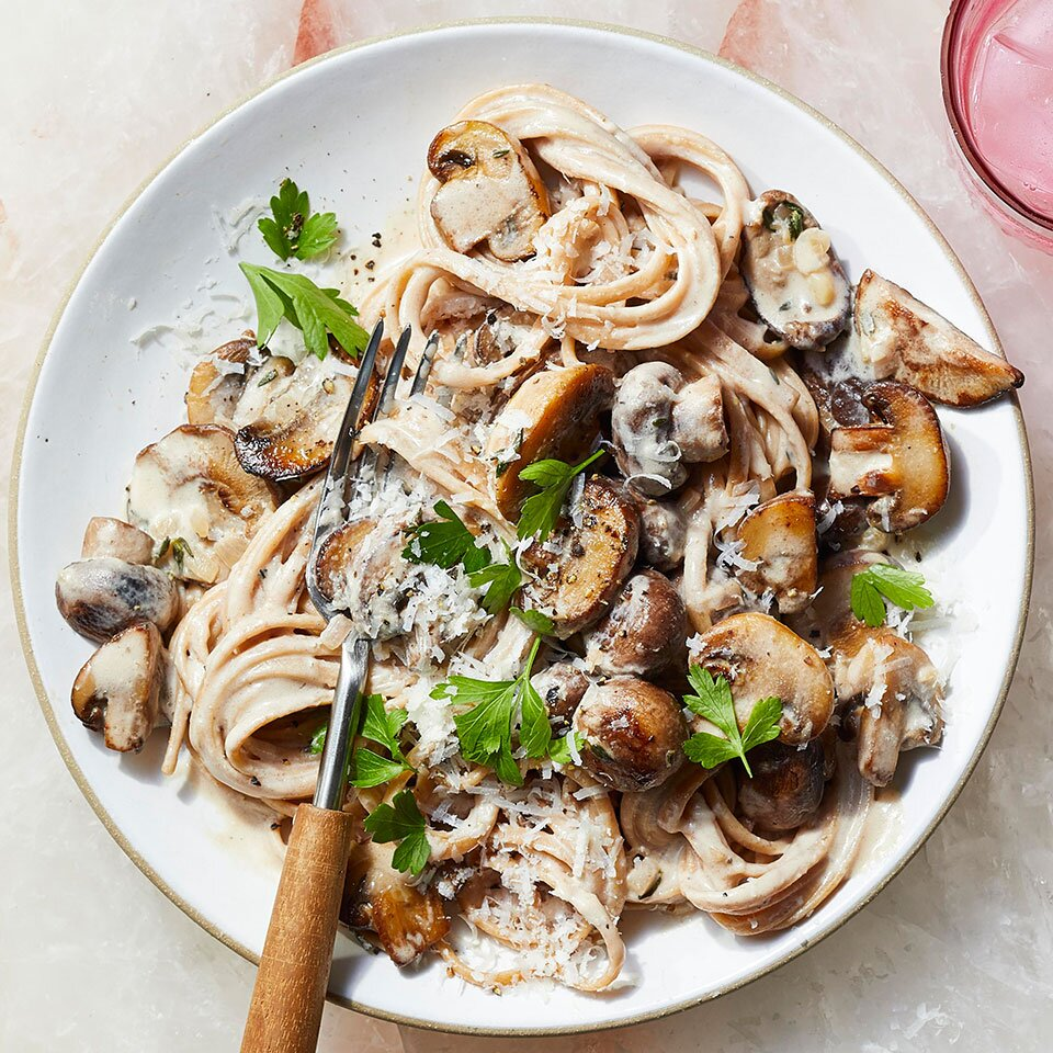 Linguine With Creamy Mushroom Sauce Recipe Eatingwell