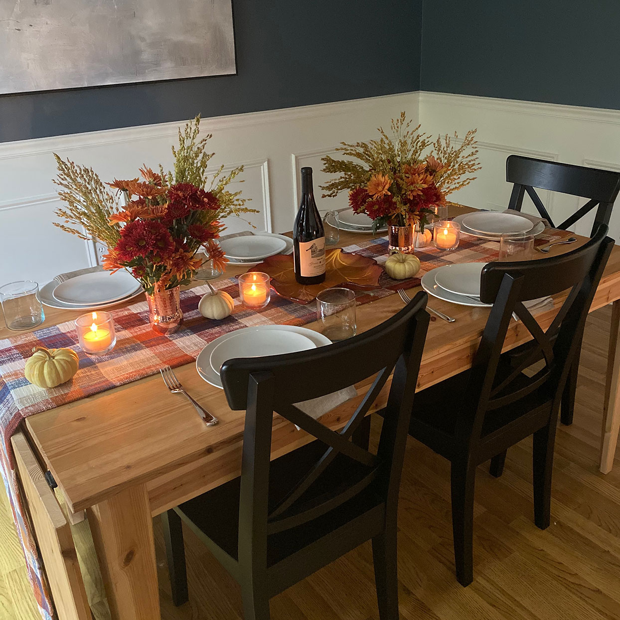 Thanksgiving set table
