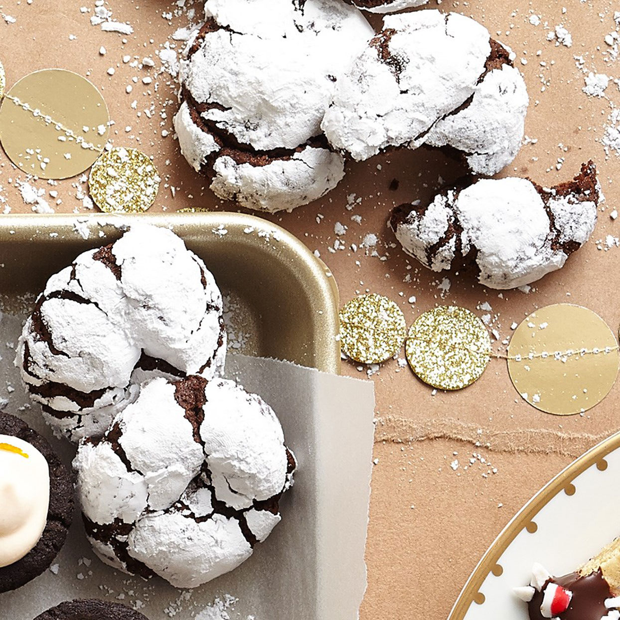 Chocolate-Mint-Crinkle-Cookies