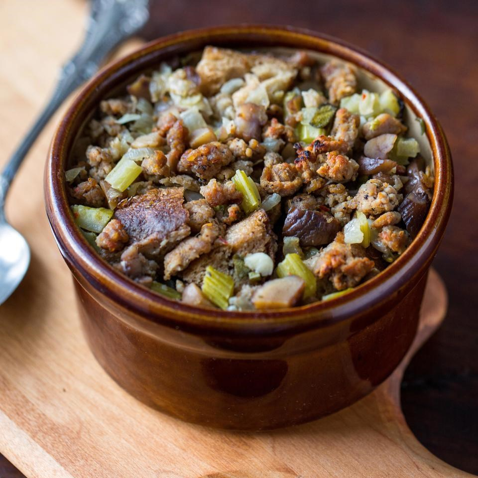 Sausage-Chestnut Stuffing in a ceramic dish