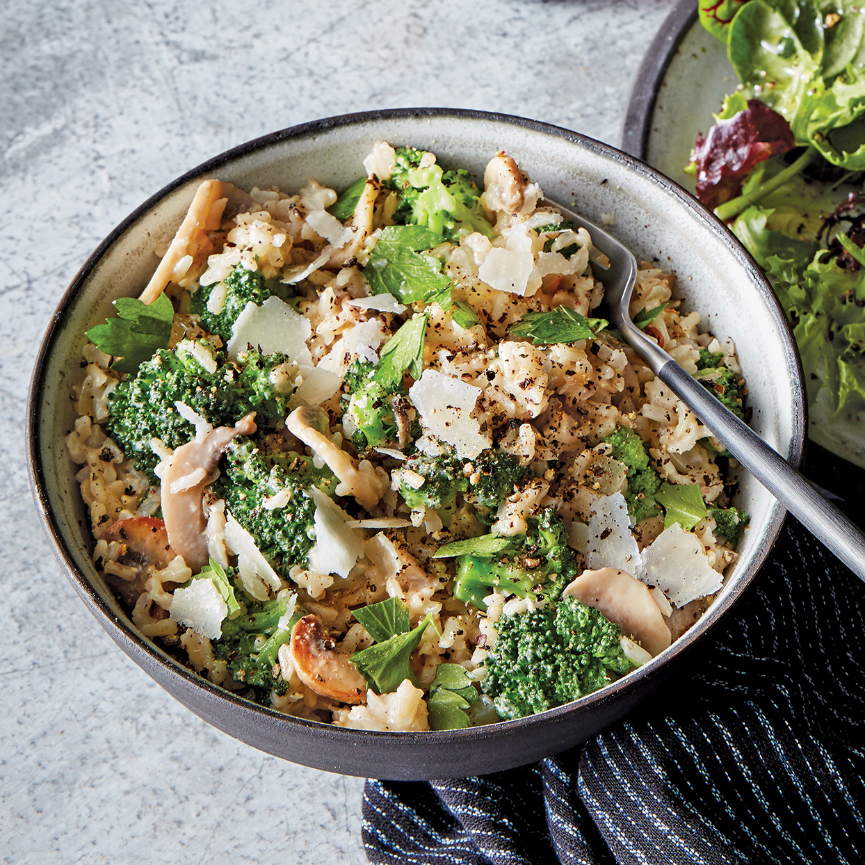 Slow Cooker Cheesy Rice with Broccoli