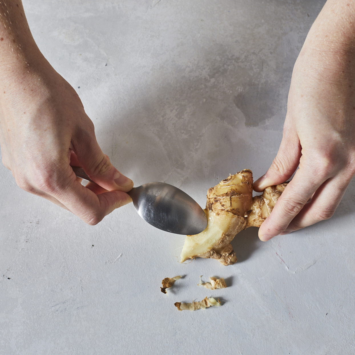 how to peel ginger with a spoon