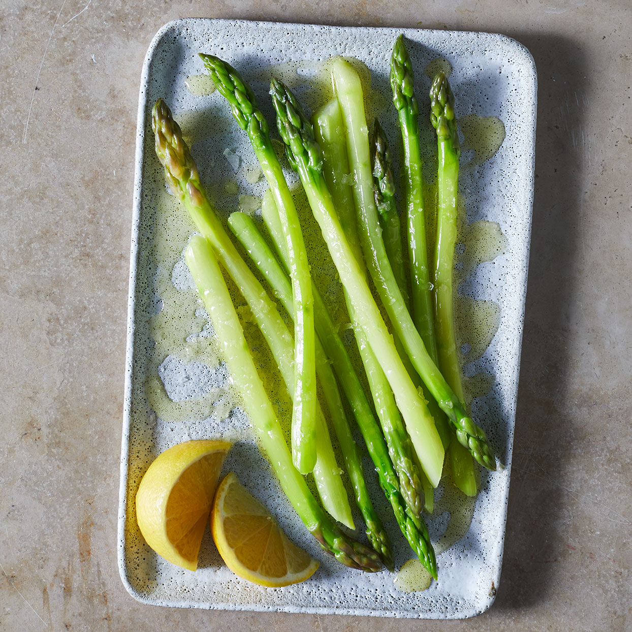 Peeled-and-cooked-asparagus