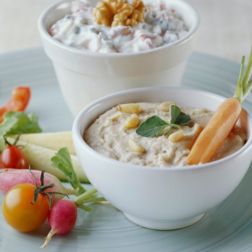 Walnut-Feta Yogurt Dip