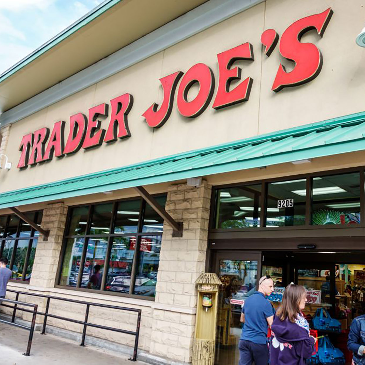 12 Healthy Frozen Foods From Trader Joe's Under $4