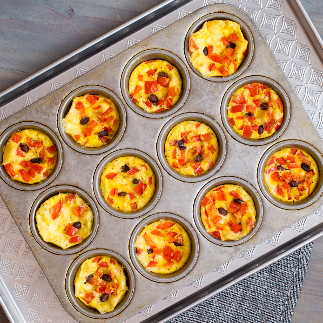 Muffin-Tin Omelets with Bell Pepper, Black Beans & Jack Cheese