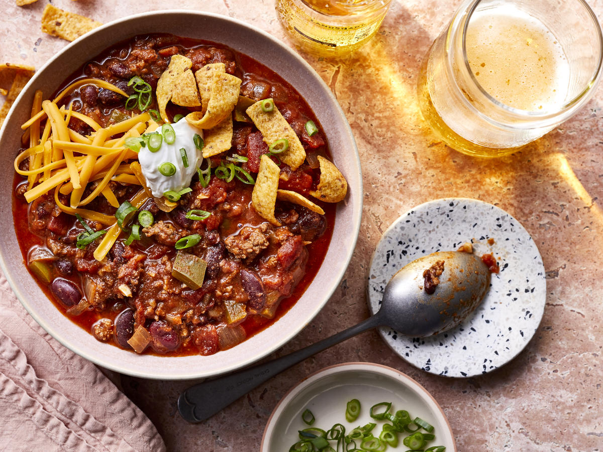 Bowl of Quick and Easy Chili Recipe