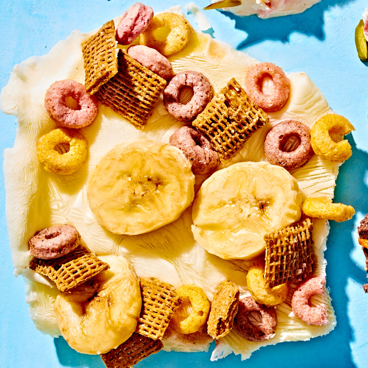 yogurt bark with bananas and cereal