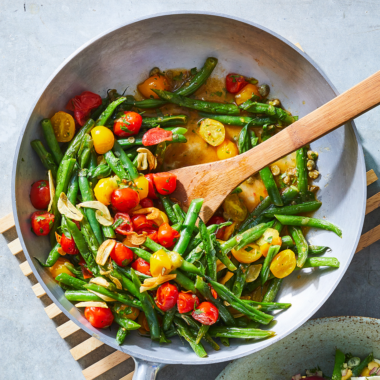 Green Beans & Tomatoes with Sizzled Garlic