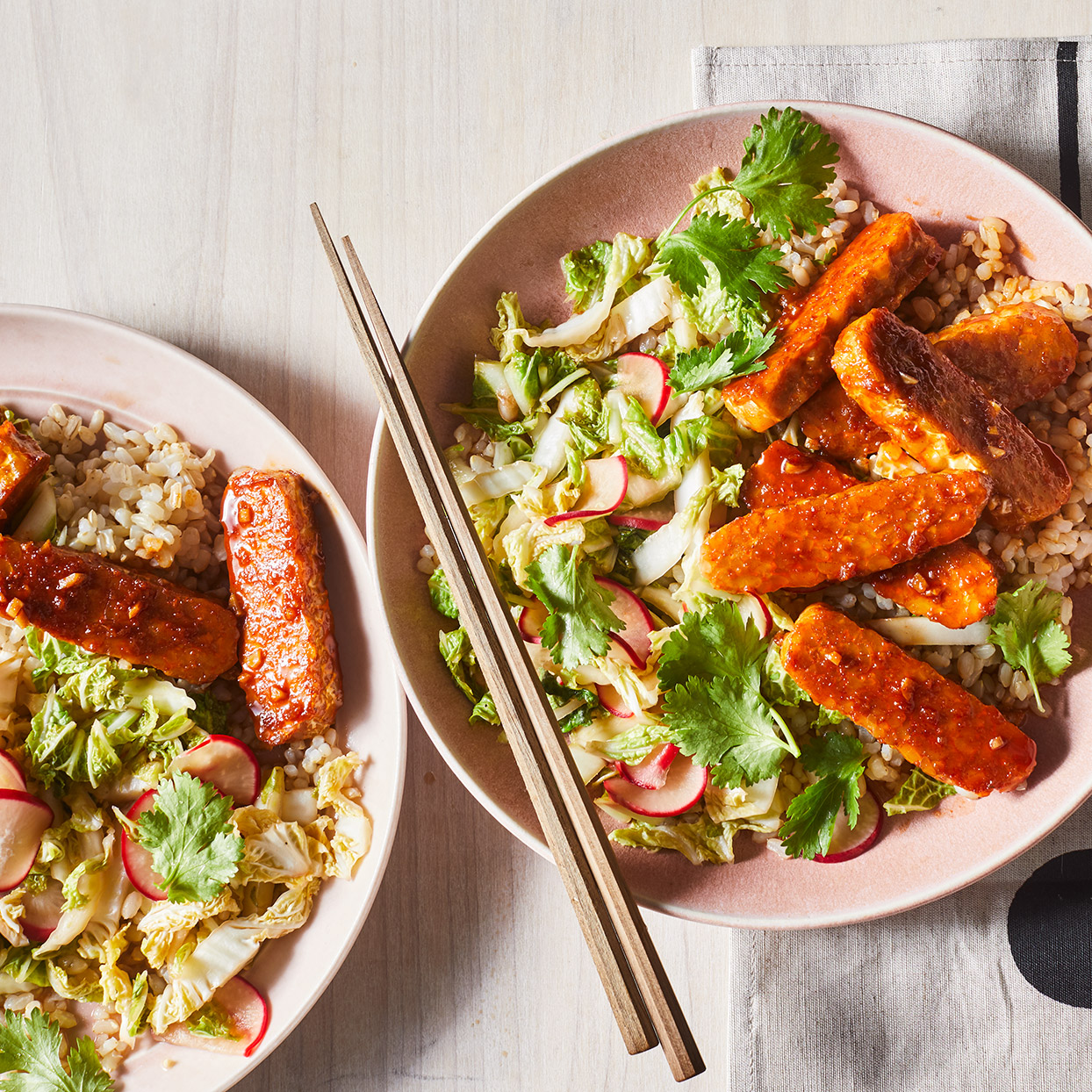 Korean BBQ Tempeh Grain Bowl