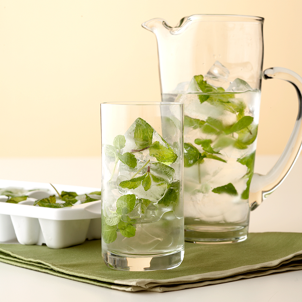 mint ice cubes with pitcher