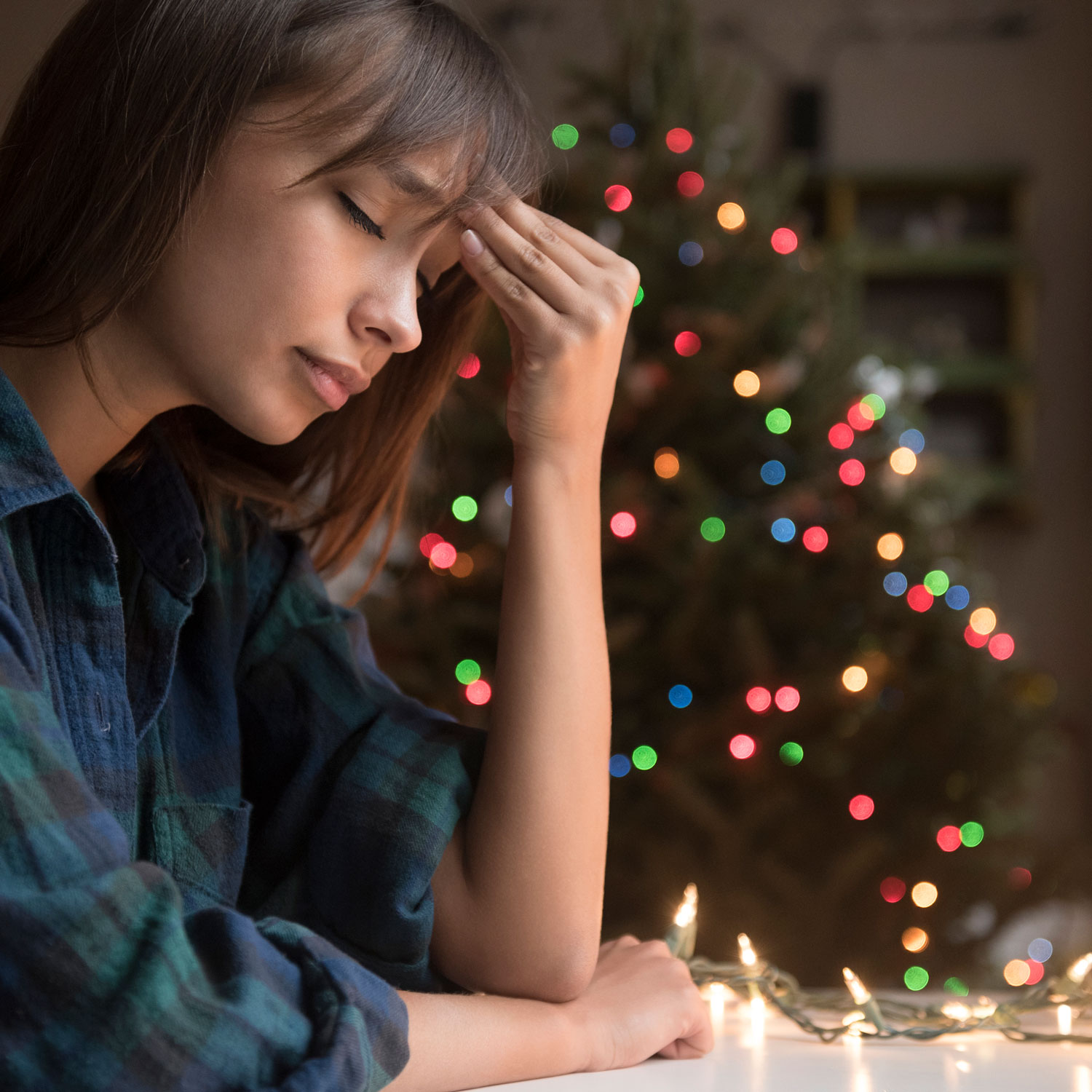 The #1 Way to Reduce Holiday Stress, According to Experts