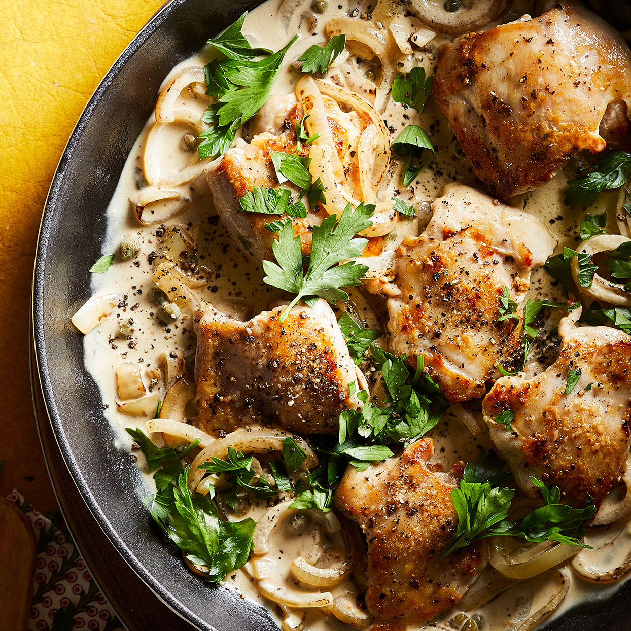 20-Minute Creamy Mustard Chicken Thighs