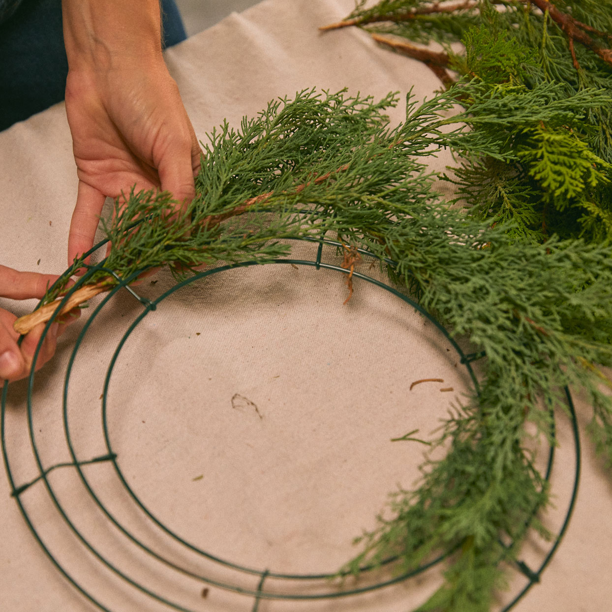wreath assembly