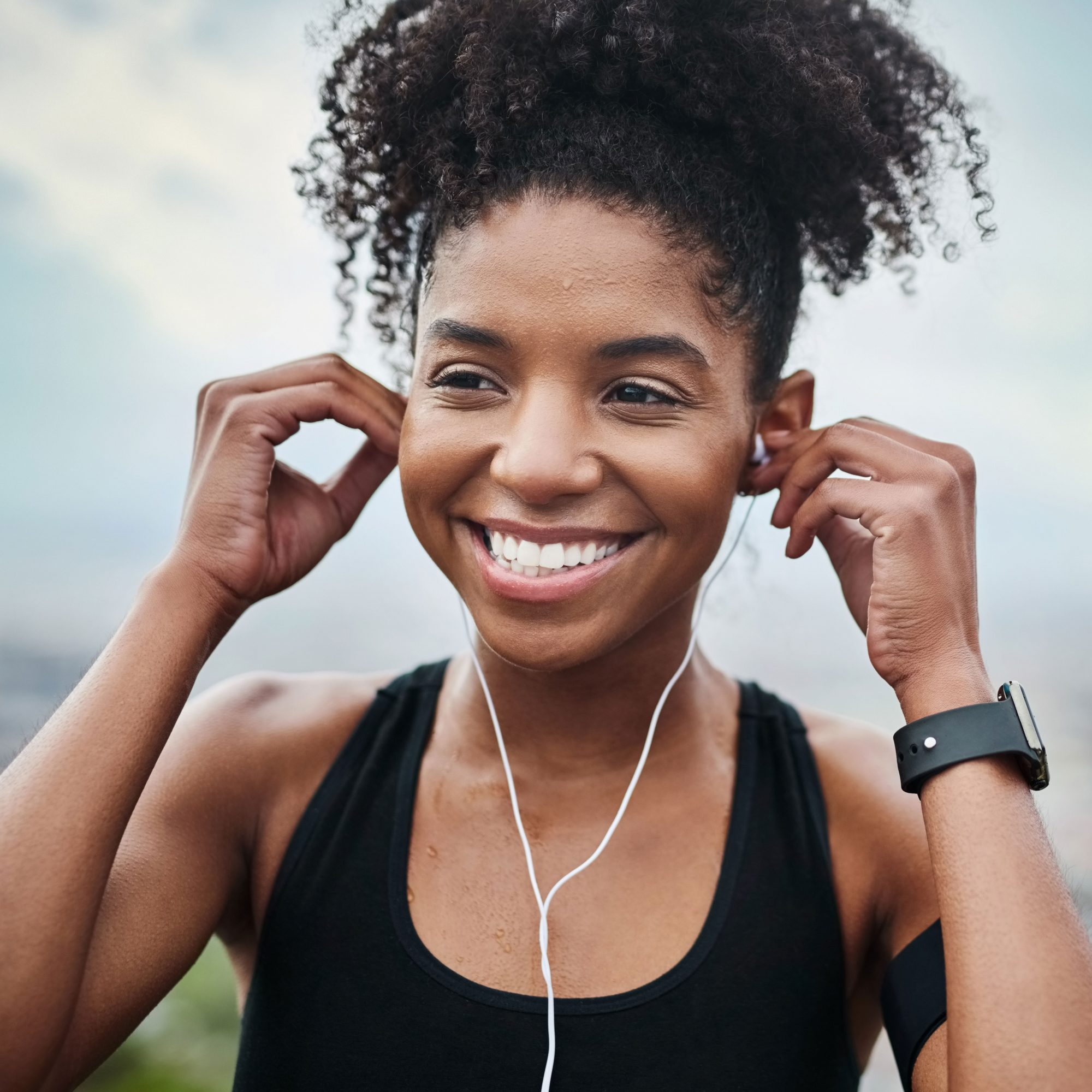 woman listening to music and working out