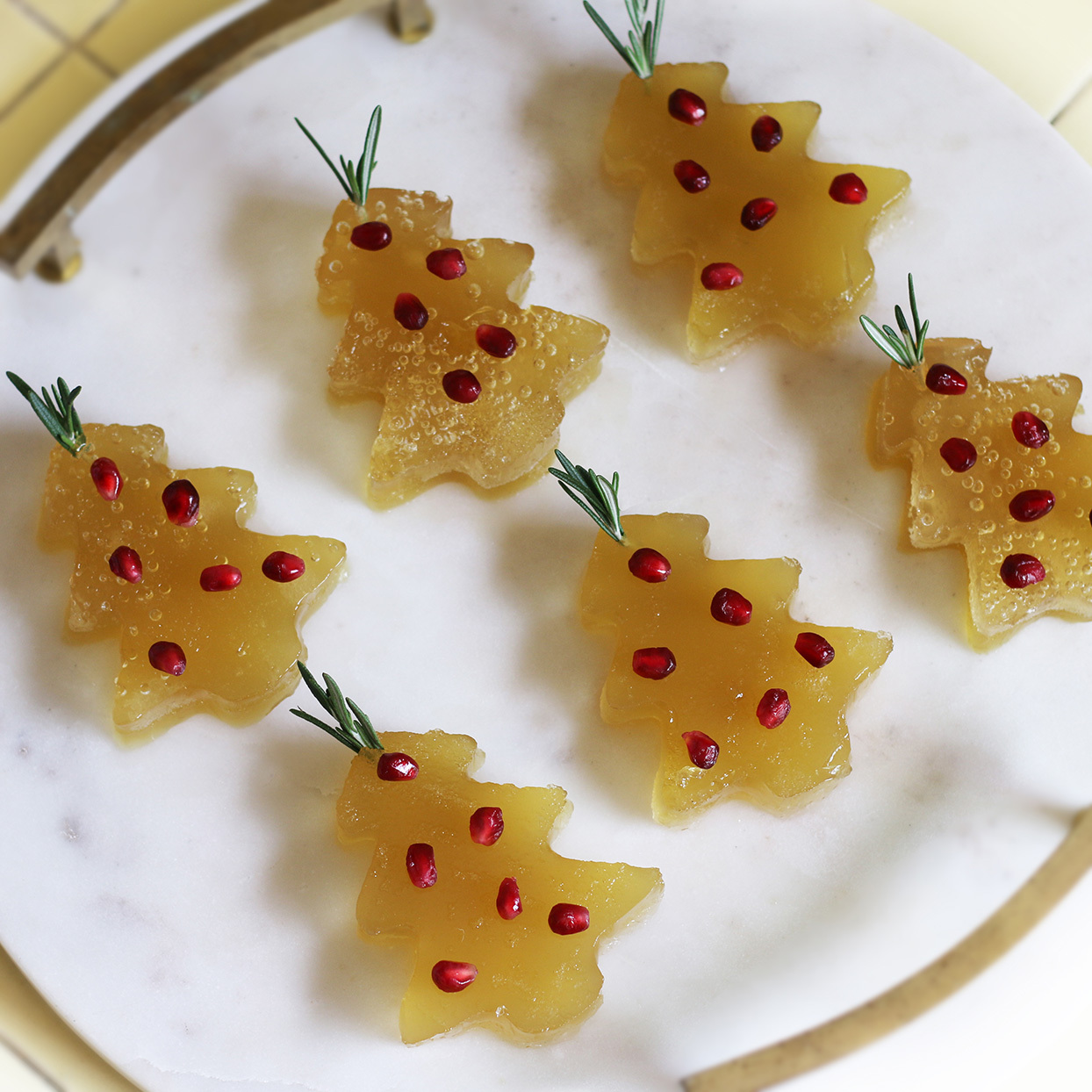 Christmas-Tree Jello Shots