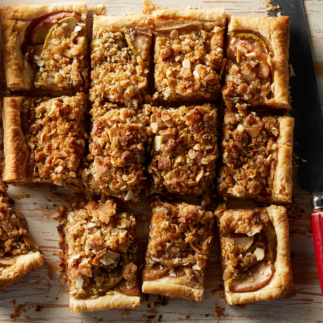 Flaky Apple Pie Bars