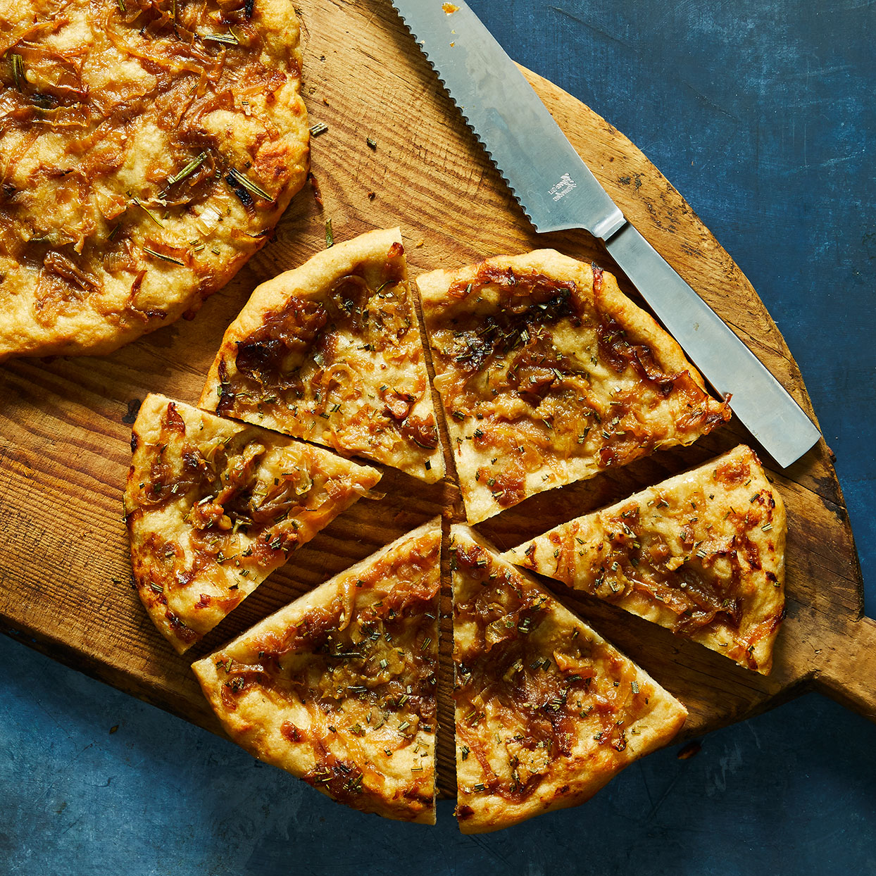 Roasted Galic and Caramelized Onion Flatbread