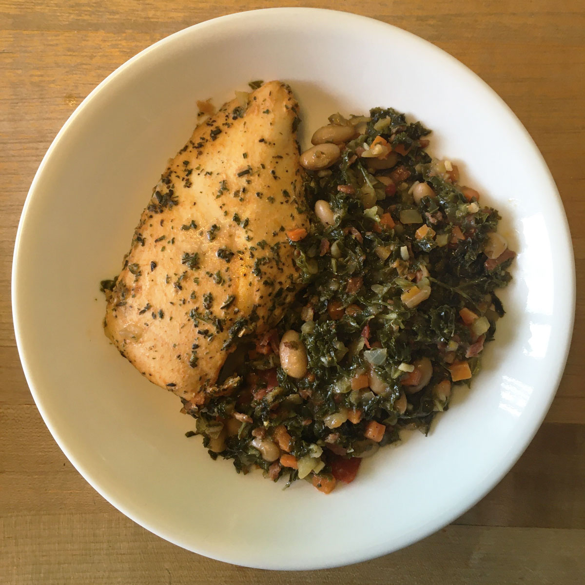 chicken livorno, kale and white beans