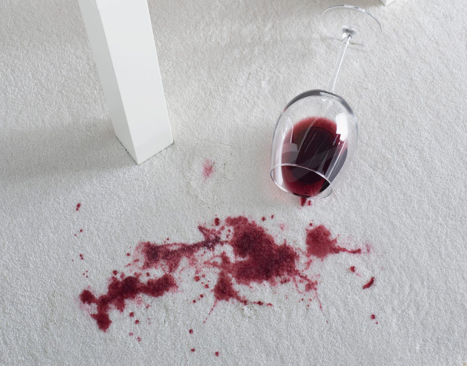This Non-Toxic Cleaner Literally Makes Red Wine Stains Disappear Before Your Eyes