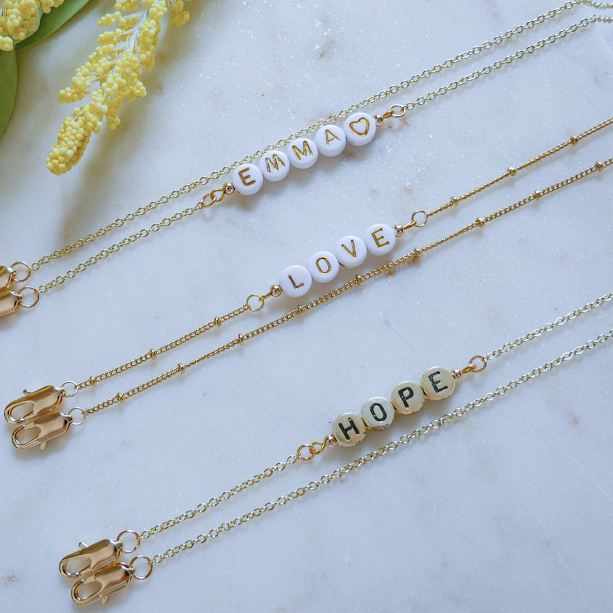 SimpleCheers - Gold & Silver Personalized Facemask Lanyard, Face Mask Chain with Name.